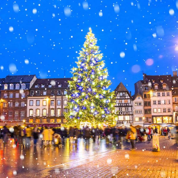 Christmas-Market-WEB-shutterstock_708873193